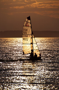 sail-boat-sunset