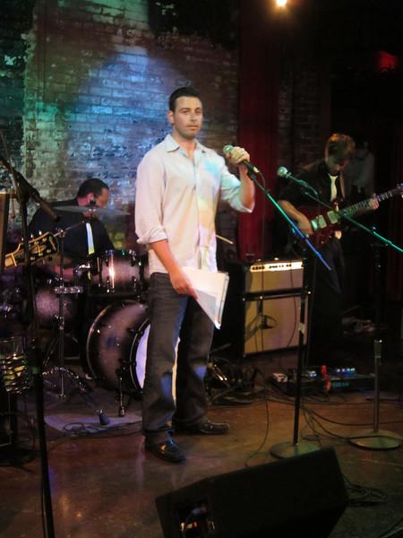 Matan performing Black at The Lansdowne.