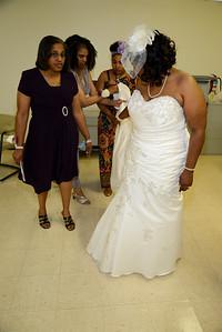 Gross Wedding (32)