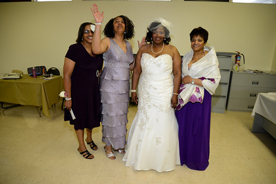 Gross Wedding (38)
