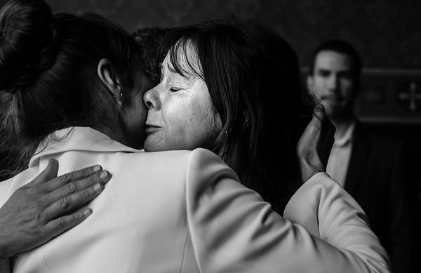 Hochzeitsreportage Berlin: Mutter der Braut gratuliert