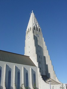 The big Lutherian church in Reykjavik. Over 90% of the population in Iceland is of that faith.