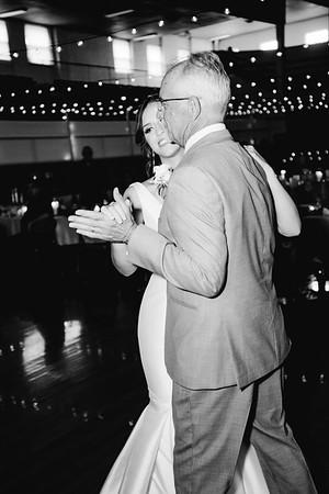 08392-©ADHPhotography2019--IanJameePearson--Wedding--June01