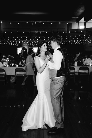 08232-©ADHPhotography2019--IanJameePearson--Wedding--June01