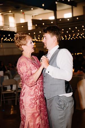 08511-©ADHPhotography2019--IanJameePearson--Wedding--June01