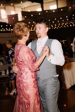 08509-©ADHPhotography2019--IanJameePearson--Wedding--June01