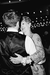 08516-©ADHPhotography2019--IanJameePearson--Wedding--June01
