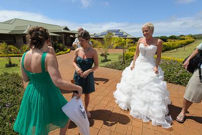 7253-d700_Stephanie_and_Chris_Kaanapali_Maui_Destination_Wedding_Photography