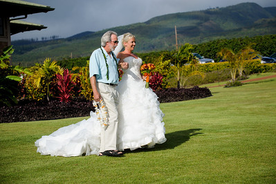 7479-d700_Stephanie_and_Chris_Kaanapali_Maui_Destination_Wedding_Photography