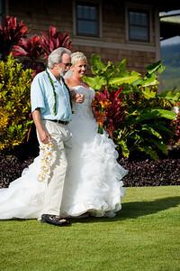 7477-d700_Stephanie_and_Chris_Kaanapali_Maui_Destination_Wedding_Photography