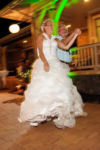 1869-d3_Stephanie_and_Chris_Kaanapali_Maui_Destination_Wedding_Photography