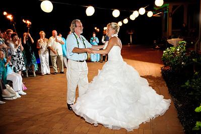 1893-d3_Stephanie_and_Chris_Kaanapali_Maui_Destination_Wedding_Photography