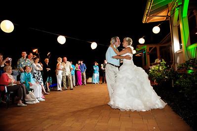 1889-d3_Stephanie_and_Chris_Kaanapali_Maui_Destination_Wedding_Photography