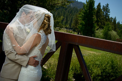 0266_d800_Kaelin_and_Jayson_Riva_Grill_and_South_Lake_Tahoe_Golf_Course_Wedding_Photography