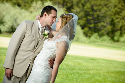 0231_d800_Kaelin_and_Jayson_Riva_Grill_and_South_Lake_Tahoe_Golf_Course_Wedding_Photography