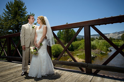 9048_d800_Kaelin_and_Jayson_Riva_Grill_and_South_Lake_Tahoe_Golf_Course_Wedding_Photography