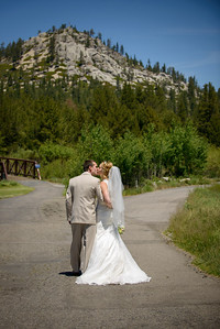 0242_d800_Kaelin_and_Jayson_Riva_Grill_and_South_Lake_Tahoe_Golf_Course_Wedding_Photography