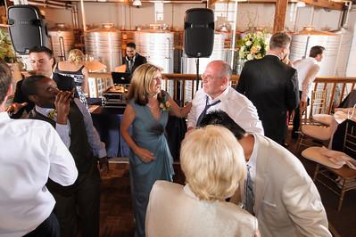 4186-d700_Erica_and_Justin_Byington_Winery_Los_Gatos_Wedding_Photography