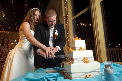 1570-d700_Heather_and_Tim_Monterey_Wedding_Photography
