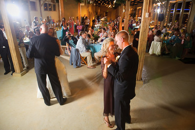 1369-d700_Heather_and_Tim_Monterey_Wedding_Photography