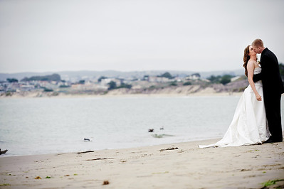 1131-d700_Heather_and_Tim_Monterey_Wedding_Photography