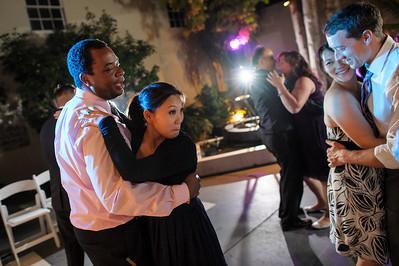 5680_d3_Kim_and_John_La_Mirada_Museum_of_Art_Monterey_Wedding_Photography