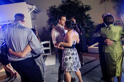 5693_d3_Kim_and_John_La_Mirada_Museum_of_Art_Monterey_Wedding_Photography