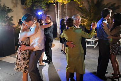 5674_d3_Kim_and_John_La_Mirada_Museum_of_Art_Monterey_Wedding_Photography