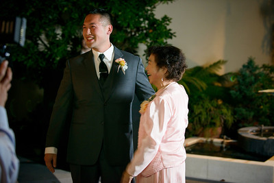 7587_d800_Kim_and_John_La_Mirada_Museum_of_Art_Monterey_Wedding_Photography