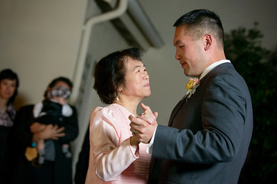 7579_d800_Kim_and_John_La_Mirada_Museum_of_Art_Monterey_Wedding_Photography