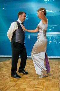 2635_d800_Kirsten_and_Bob_Monterey_Bay_Aquarium_Wedding_Photography