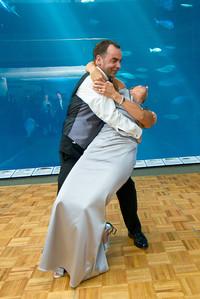 2662_d800_Kirsten_and_Bob_Monterey_Bay_Aquarium_Wedding_Photography