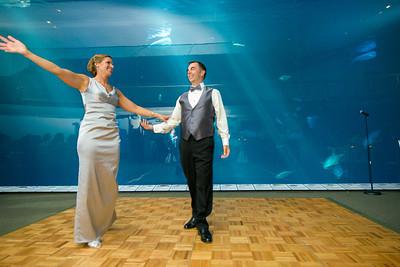 2666_d800_Kirsten_and_Bob_Monterey_Bay_Aquarium_Wedding_Photography
