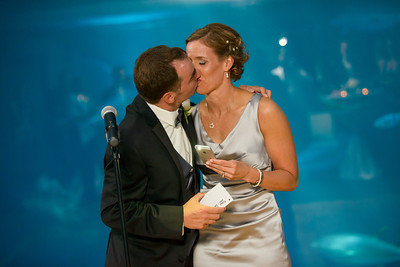 2622_d800_Kirsten_and_Bob_Monterey_Bay_Aquarium_Wedding_Photography