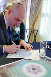 0948_5d_Kim_and_Adam_Monterey_Plaza_Hotel_Wedding