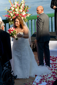9840_d800_Marianne_and_Mike_Monterey_Plaza_Hotel_Wedding_Photography