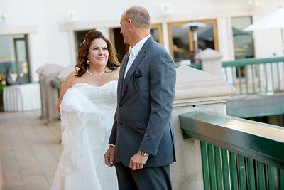 9545_d800_Marianne_and_Mike_Monterey_Plaza_Hotel_Wedding_Photography