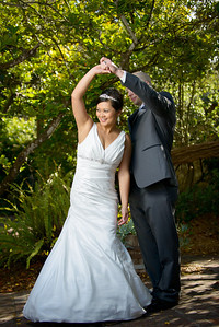 0411_d800a_Ly_and_Scott_Old_Whaling_Station_Adobe_Monterey_Wedding_Photography