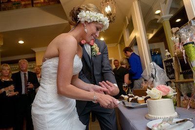 5593_d800b_Amanda_and_TJ_The_Perry_House_Monterey_Wedding_Photography