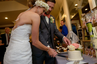 5587_d800b_Amanda_and_TJ_The_Perry_House_Monterey_Wedding_Photography