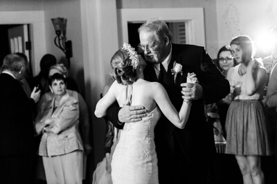 8499_d810a_Amanda_and_TJ_The_Perry_House_Monterey_Wedding_Photography