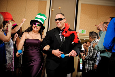 8995-d3_Lilly_and_Chris_Crowne_Plaza_Cabana_Hotel_Palo_Alto_Wedding_Photography