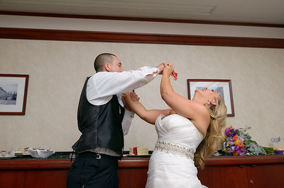 7122_d800b_Shannon_and_Sean_Swedenborgian_Church_Italian_Athletic_Club_San_Francisco_Wedding_Photography