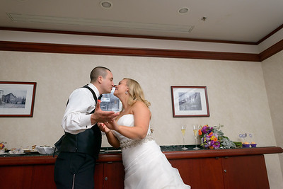 7127_d800b_Shannon_and_Sean_Swedenborgian_Church_Italian_Athletic_Club_San_Francisco_Wedding_Photography