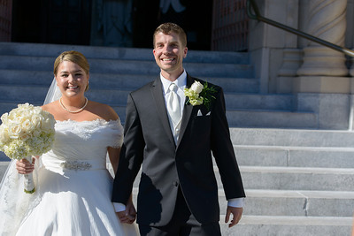 0614-d800_Renee_and_Zak_Saints_Peter_and_Paul_Church_Olympic Club_San_Francisco_Wedding_Photography
