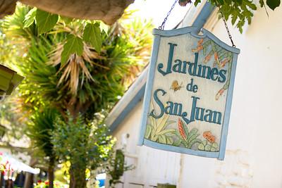 8970_d800b_Olivia_and_Melissa_San_Juan_Bautista_Jardines_de_San_Juan_Wedding_Photography