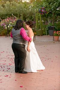 9693_d800b_Olivia_and_Melissa_San_Juan_Bautista_Jardines_de_San_Juan_Wedding_Photography