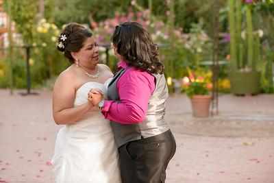 9686_d800b_Olivia_and_Melissa_San_Juan_Bautista_Jardines_de_San_Juan_Wedding_Photography