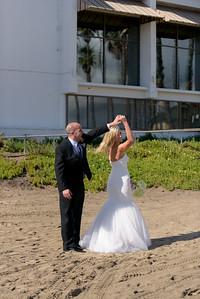 6446_d810a_Molly_and_Jay_Dream_Inn_Santa_Cruz_Wedding_Photography