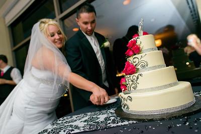 3957_d800b_Rhiannon_and_Christian_Dream_Inn_Santa_Cruz_Wedding_Photography